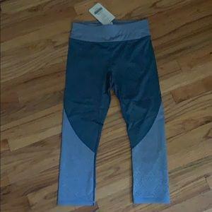 Blue crop leggings